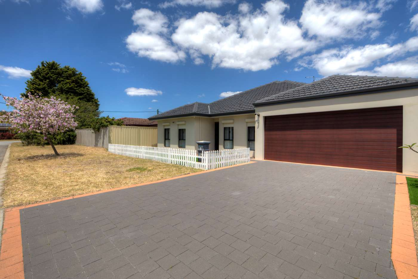 Main view of Homely house listing, 4 Mcintosh Street, Queens Park WA 6107