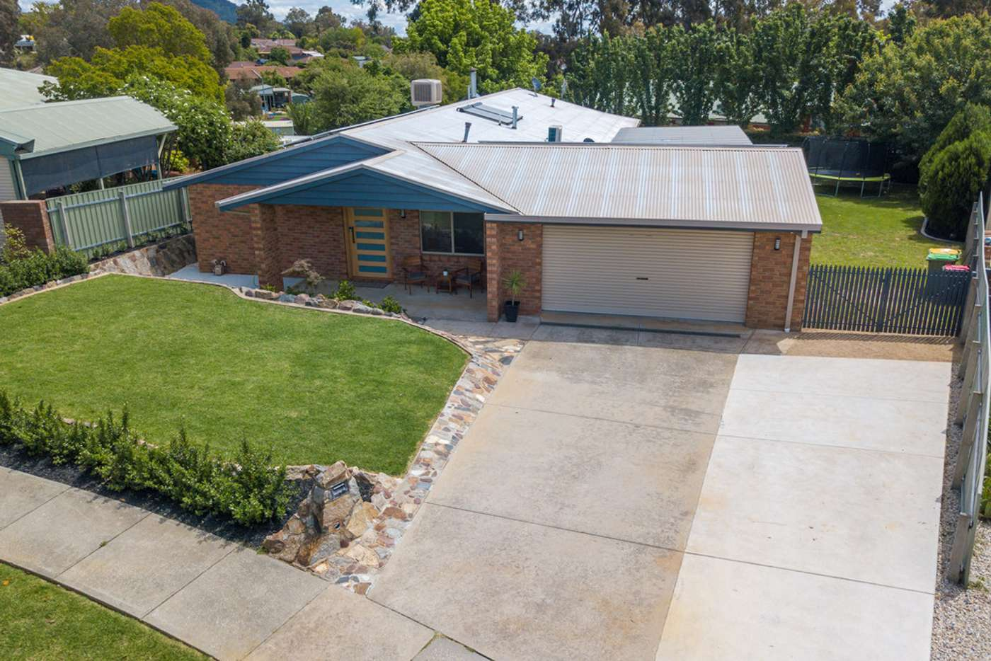 Main view of Homely house listing, 2 Fraser Court, Wodonga VIC 3690