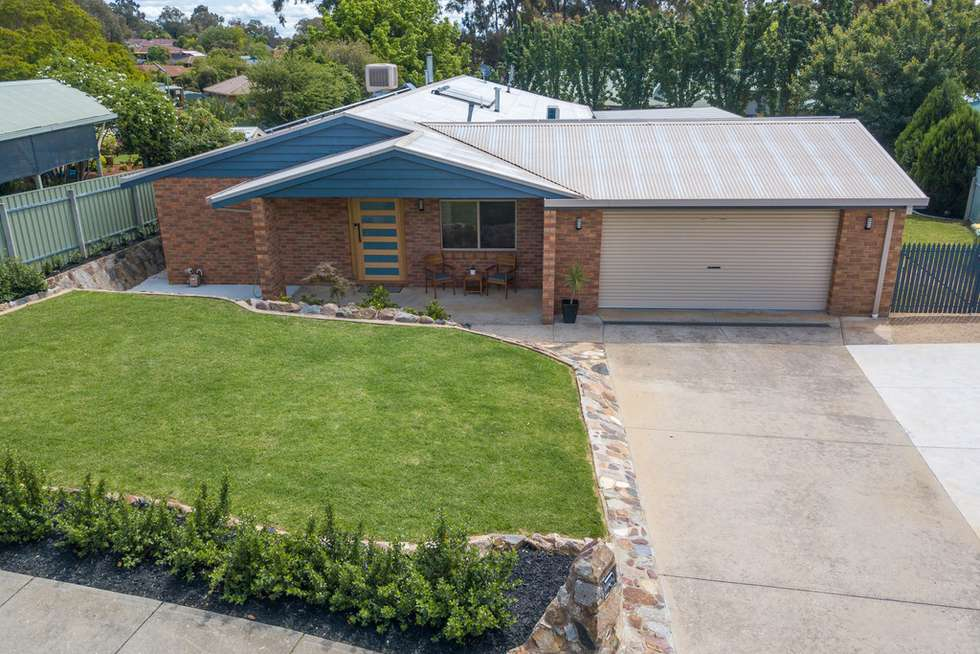 Second view of Homely house listing, 2 Fraser Court, Wodonga VIC 3690