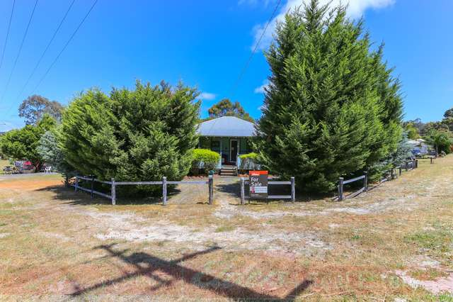 15 Cable Street, Collie WA 6225