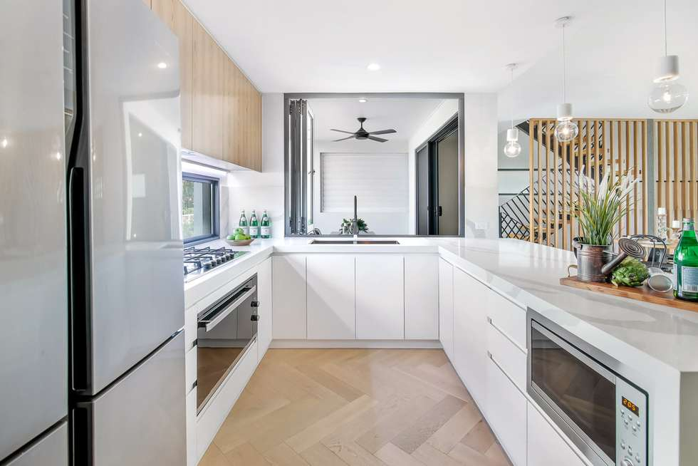 Second view of Homely semiDetached listing, 2/6 Mountain View Avenue, Miami QLD 4220