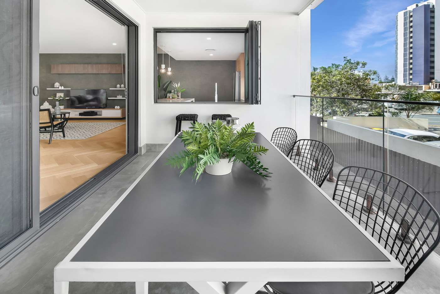 Seventh view of Homely semiDetached listing, 2/6 Mountain View Avenue, Miami QLD 4220