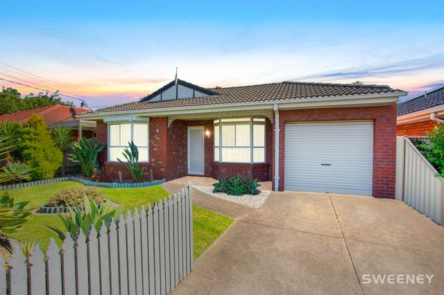 10 North Avenue, Altona Meadows VIC 3028