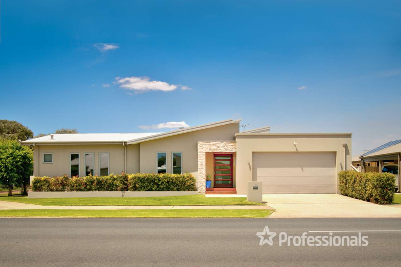Main view of Homely house listing, 13 Cambridge Boulevard, Abbey WA 6280