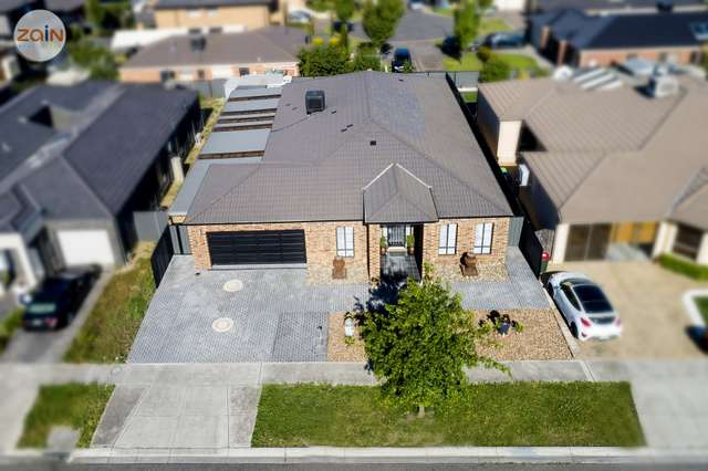 47 Coronet Avenue, Roxburgh Park VIC 3064