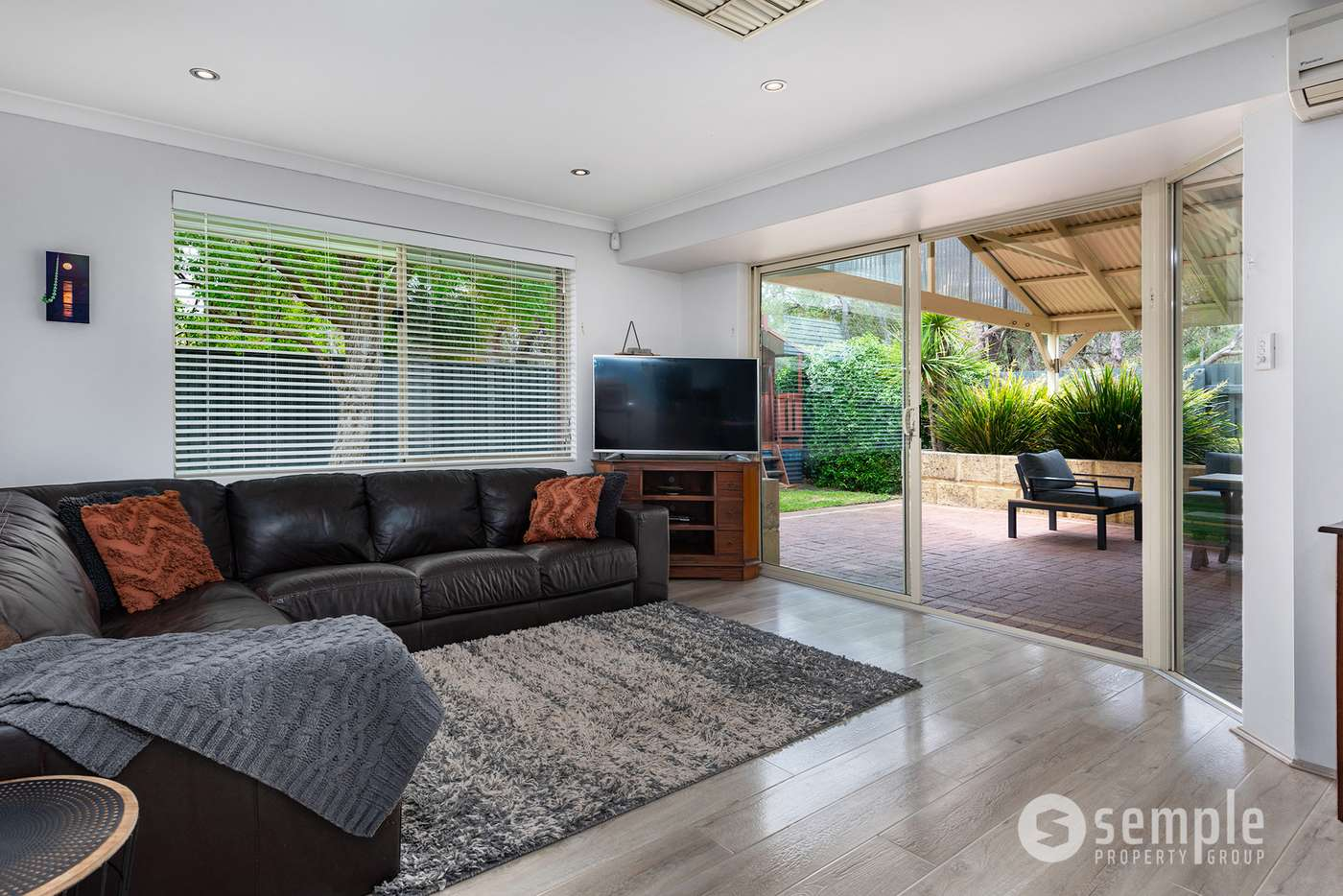 Seventh view of Homely house listing, 11 Croll Court, Beeliar WA 6164