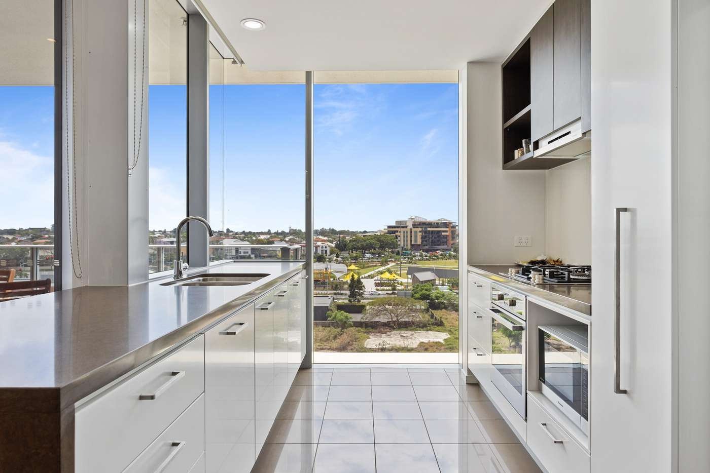 Main view of Homely apartment listing, 4014/37c Harbour Road, Hamilton QLD 4007
