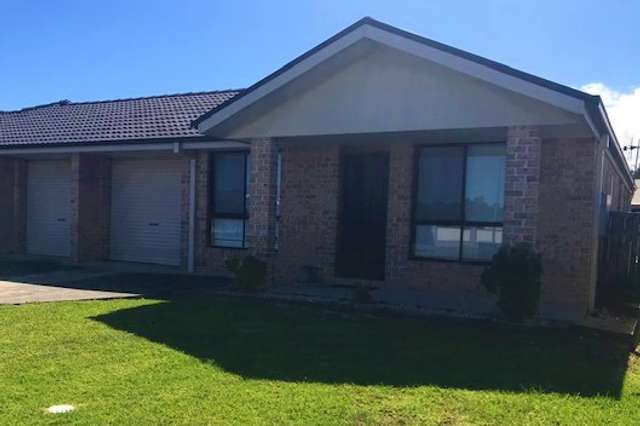 1/10 Bluehaven Drive, Old Bar NSW 2430
