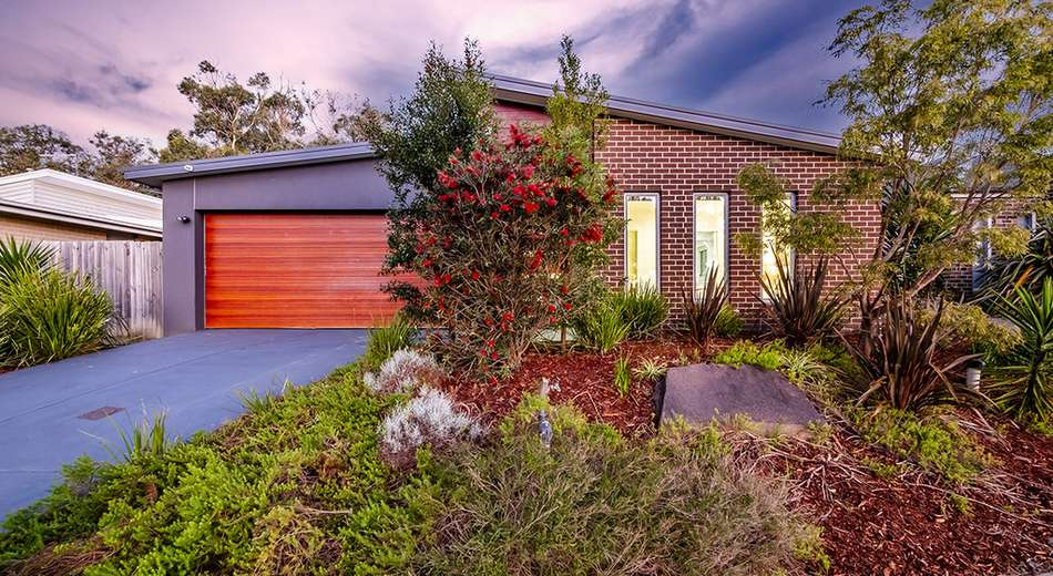 10 Warrenwood Place, Langwarrin VIC 3910