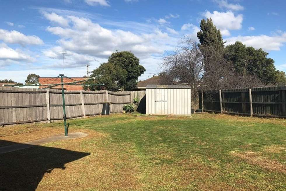 Fourth view of Homely house listing, 2 Parkside Walk, Laverton VIC 3028