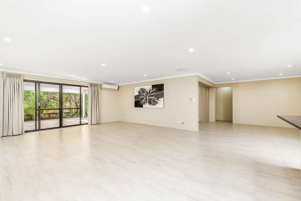 Third view of Homely house listing, 6 Ray Gardiner Vista, Tapping WA 6065