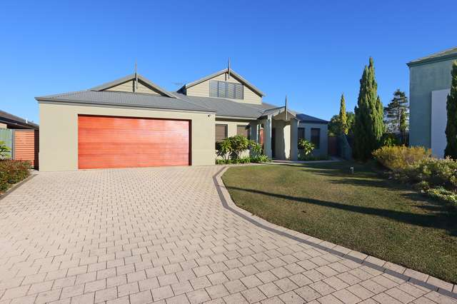 27 Glentrool Gardens, Canning Vale WA 6155
