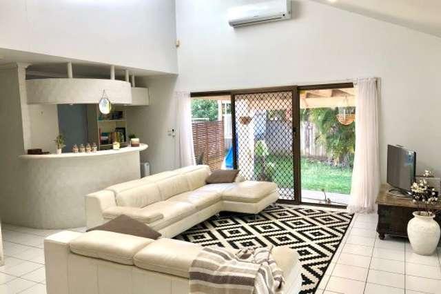 33 Ainsley Avenue, Ashmore QLD 4214