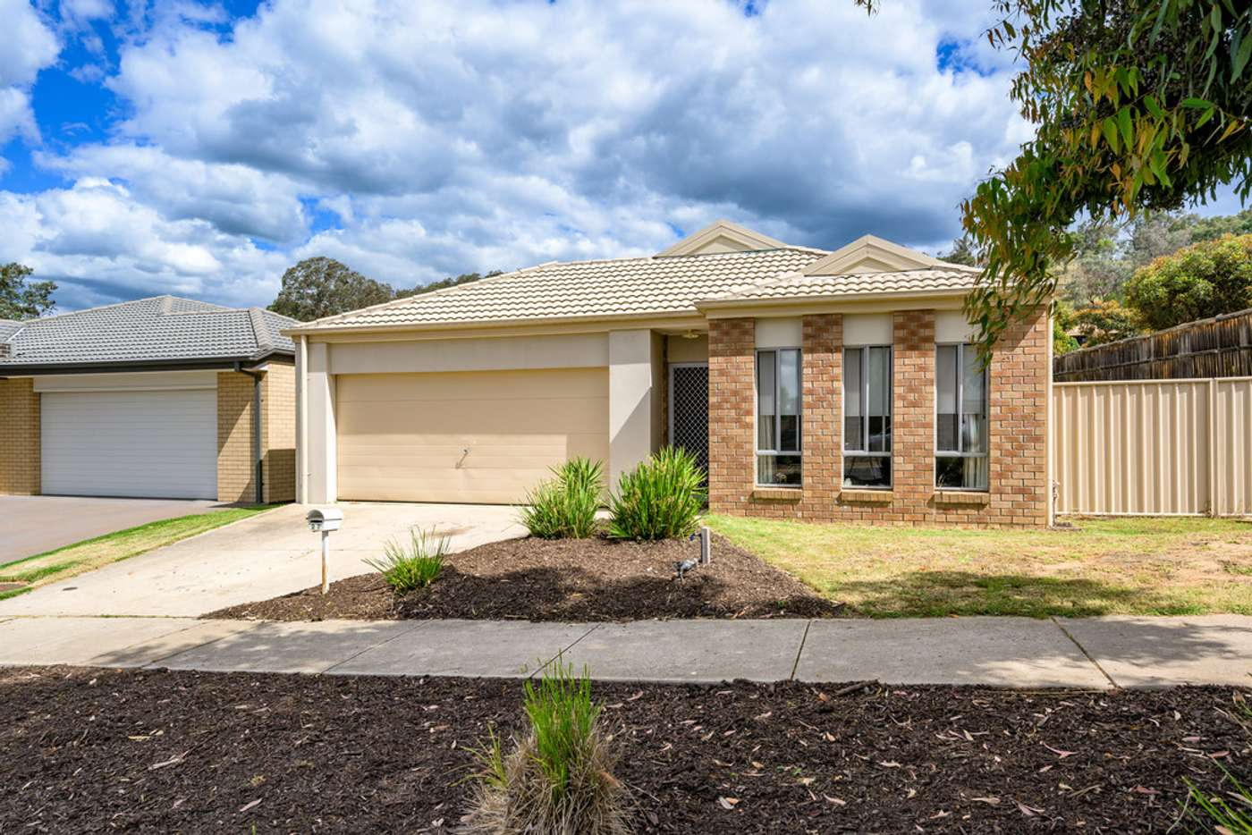 Main view of Homely house listing, 27 Maygar Avenue, Wodonga VIC 3690