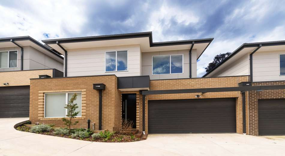 2/70 Russell Crescent, Doncaster East VIC 3109