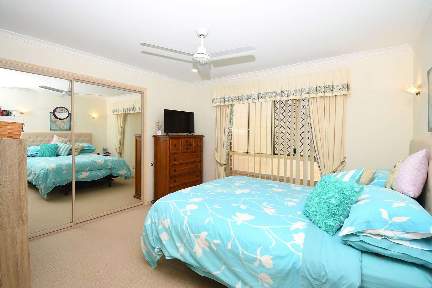 Sixth view of Homely house listing, 4 GOODWIN AVENUE, Point Vernon QLD 4655