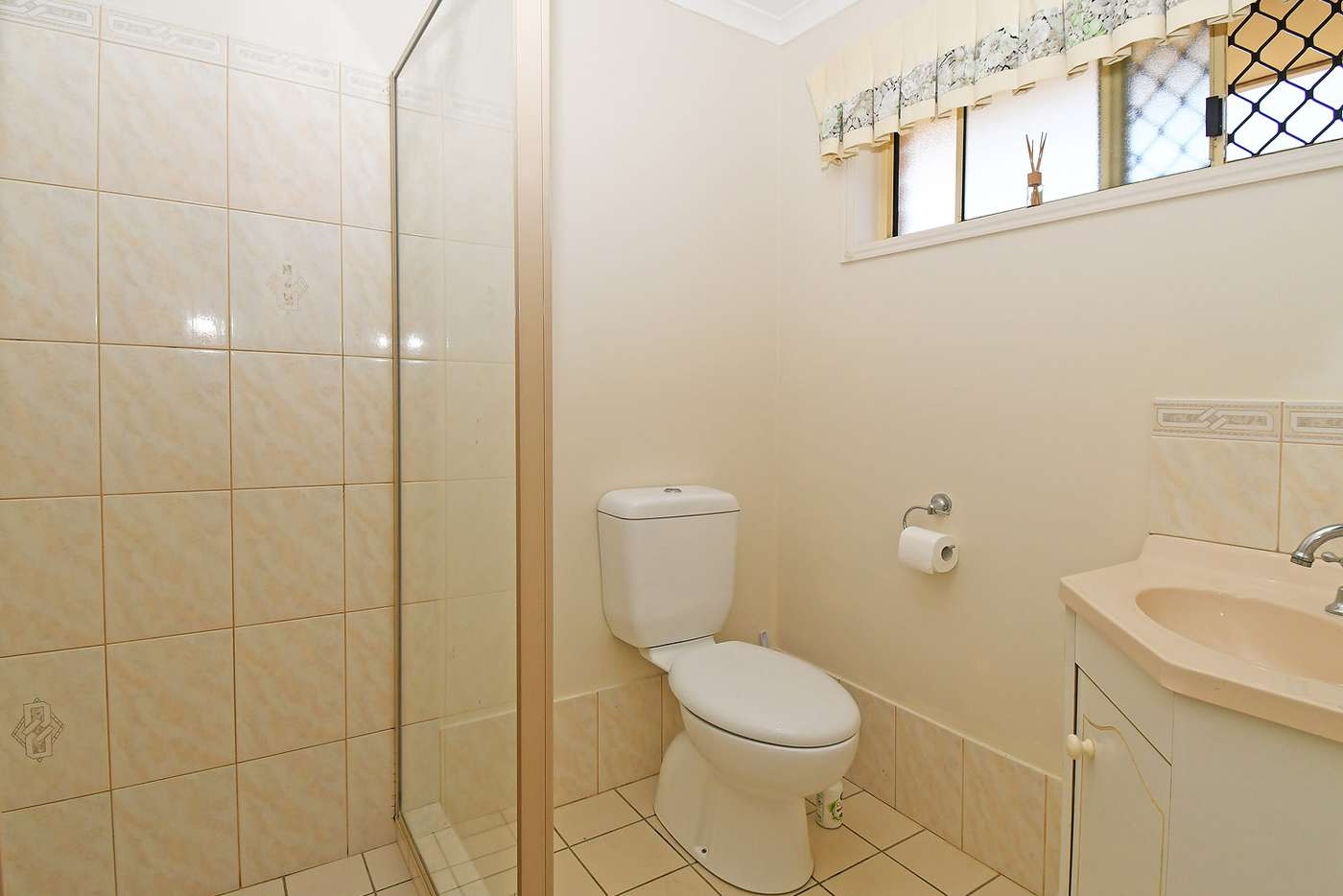 Seventh view of Homely house listing, 4 GOODWIN AVENUE, Point Vernon QLD 4655