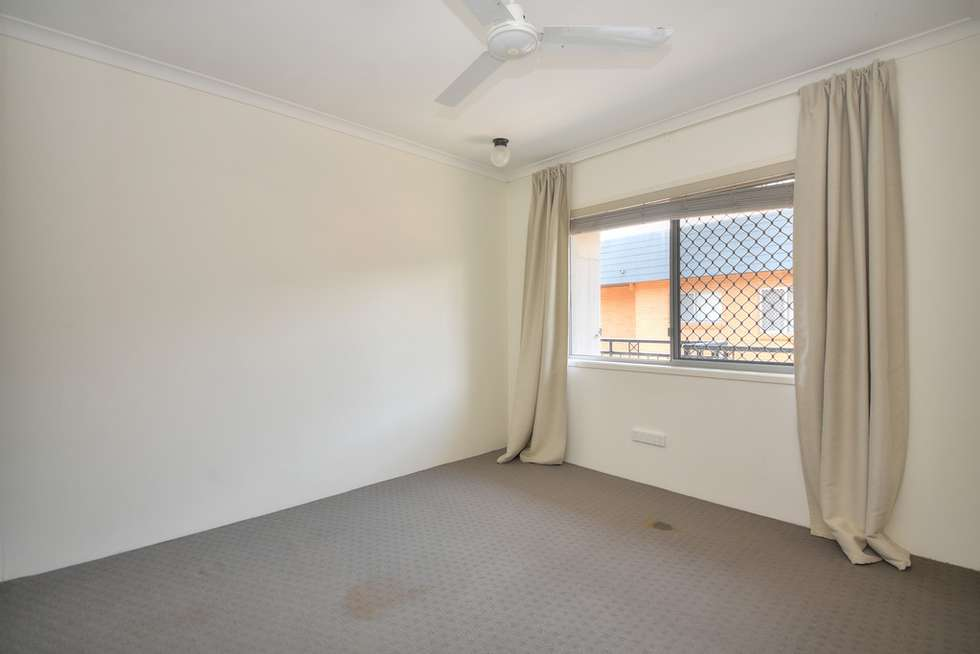 Fifth view of Homely unit listing, 7/70 Marine Parade, Miami QLD 4220