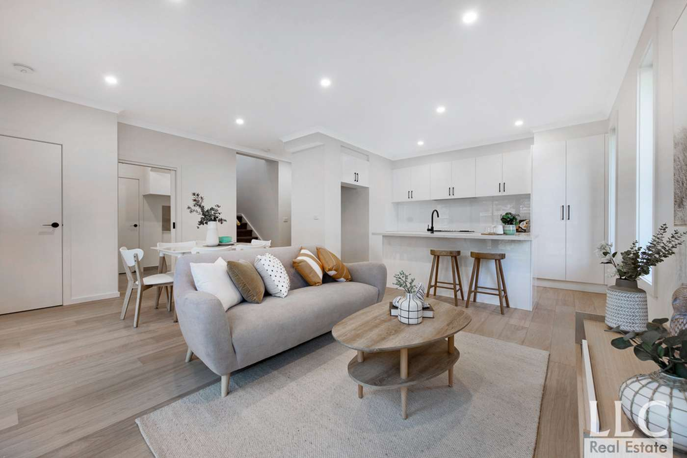 Main view of Homely house listing, 2/6 Elaroo Street, Chadstone VIC 3148