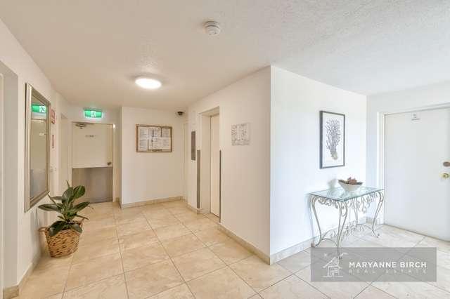15/84 Norman Crescent, Norman Park QLD 4170