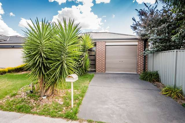63 Challenger Circuit, Cranbourne East VIC 3977