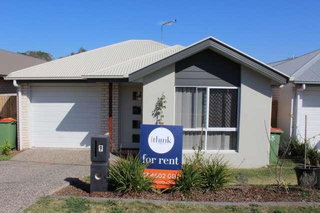 9 Gains Place, Glenvale QLD 4350
