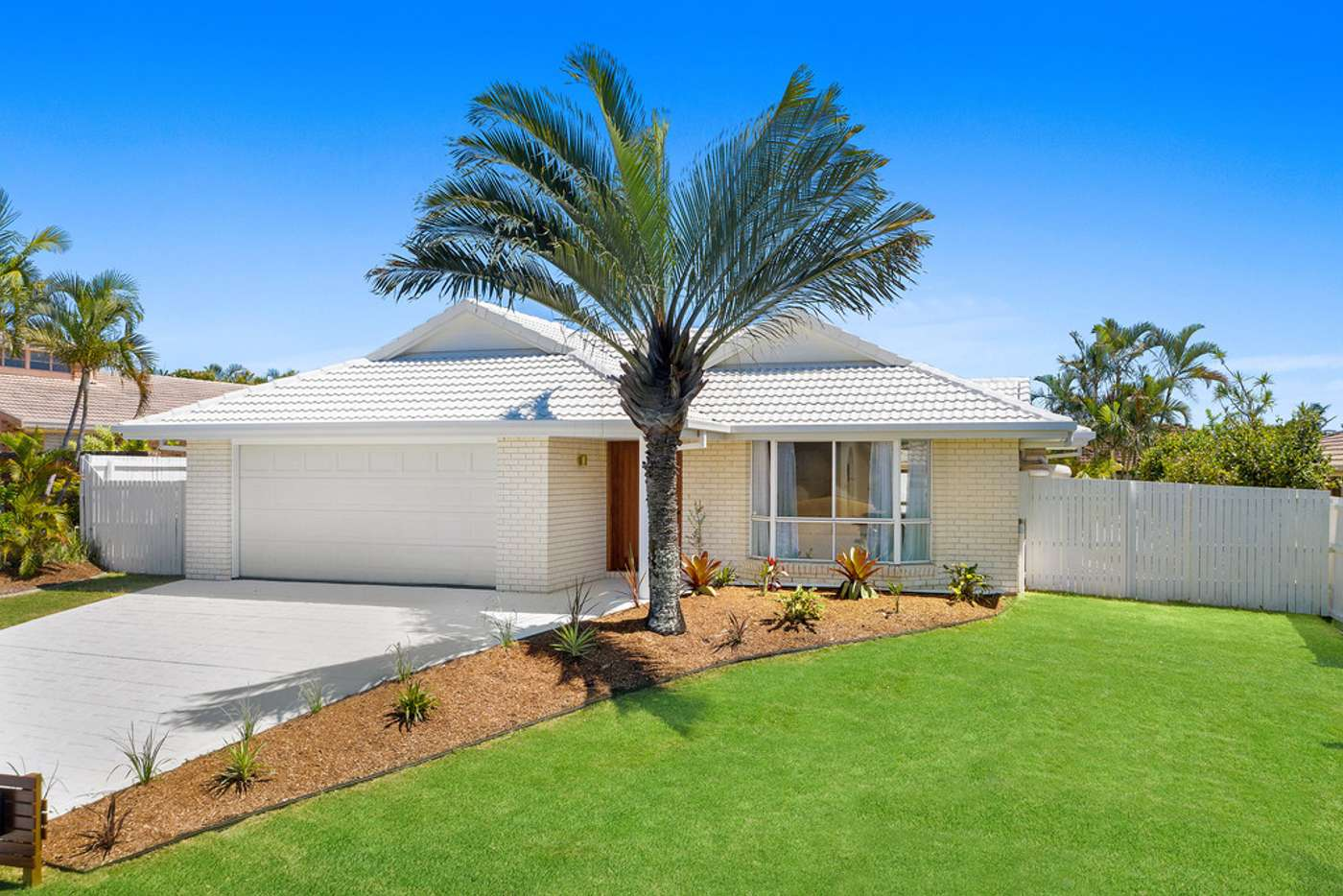 Main view of Homely house listing, 3 Silkyoak Court, Burleigh Waters QLD 4220