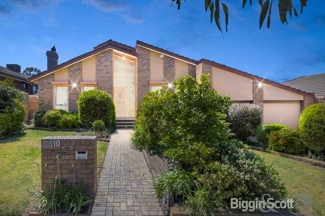 10 Whalley Drive, Wheelers Hill VIC 3150