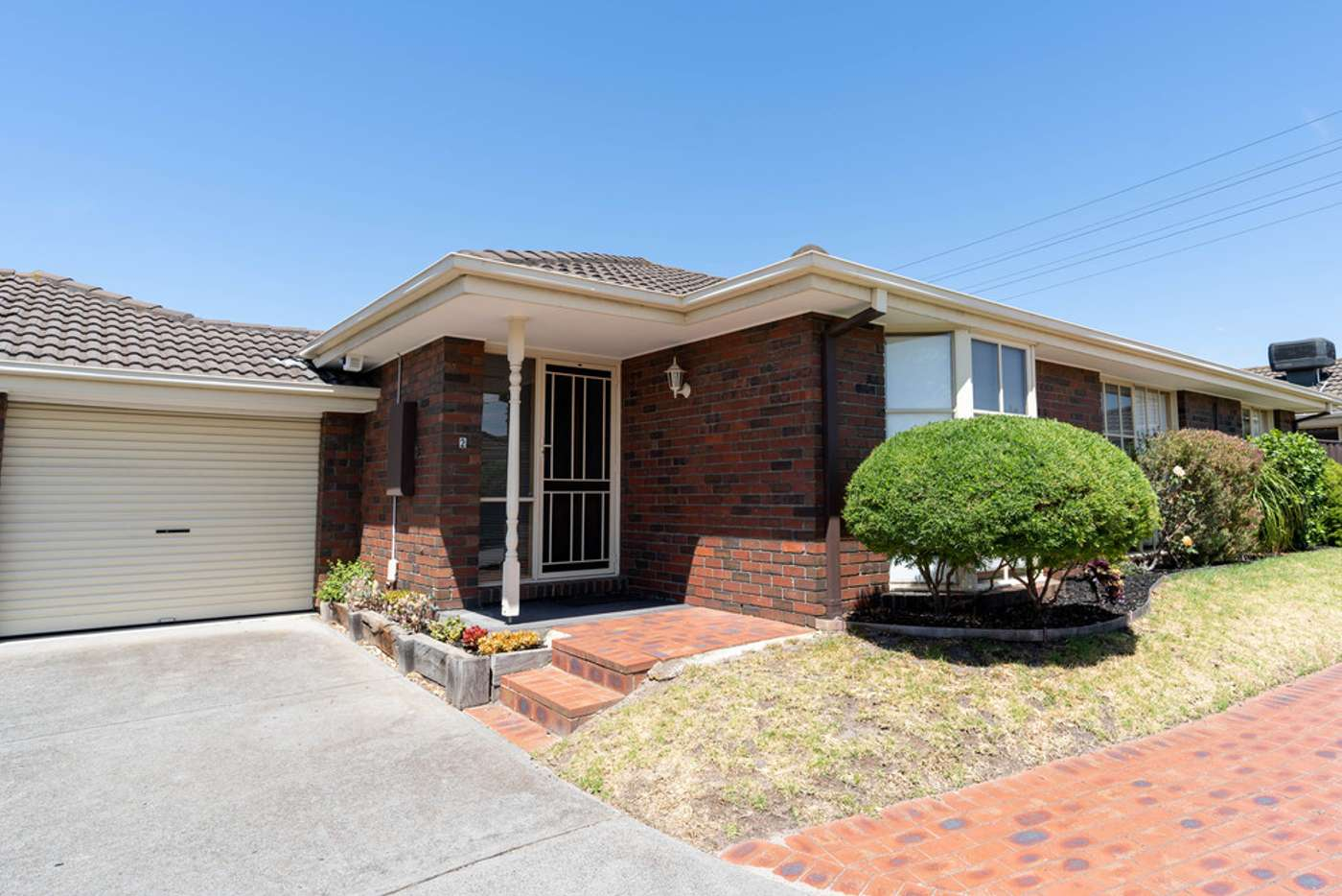 Main view of Homely unit listing, 2/260-262 Warrigal Road, Cheltenham VIC 3192