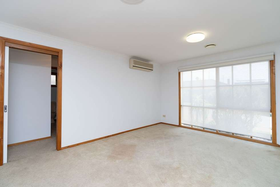 Fifth view of Homely unit listing, 2/260-262 Warrigal Road, Cheltenham VIC 3192