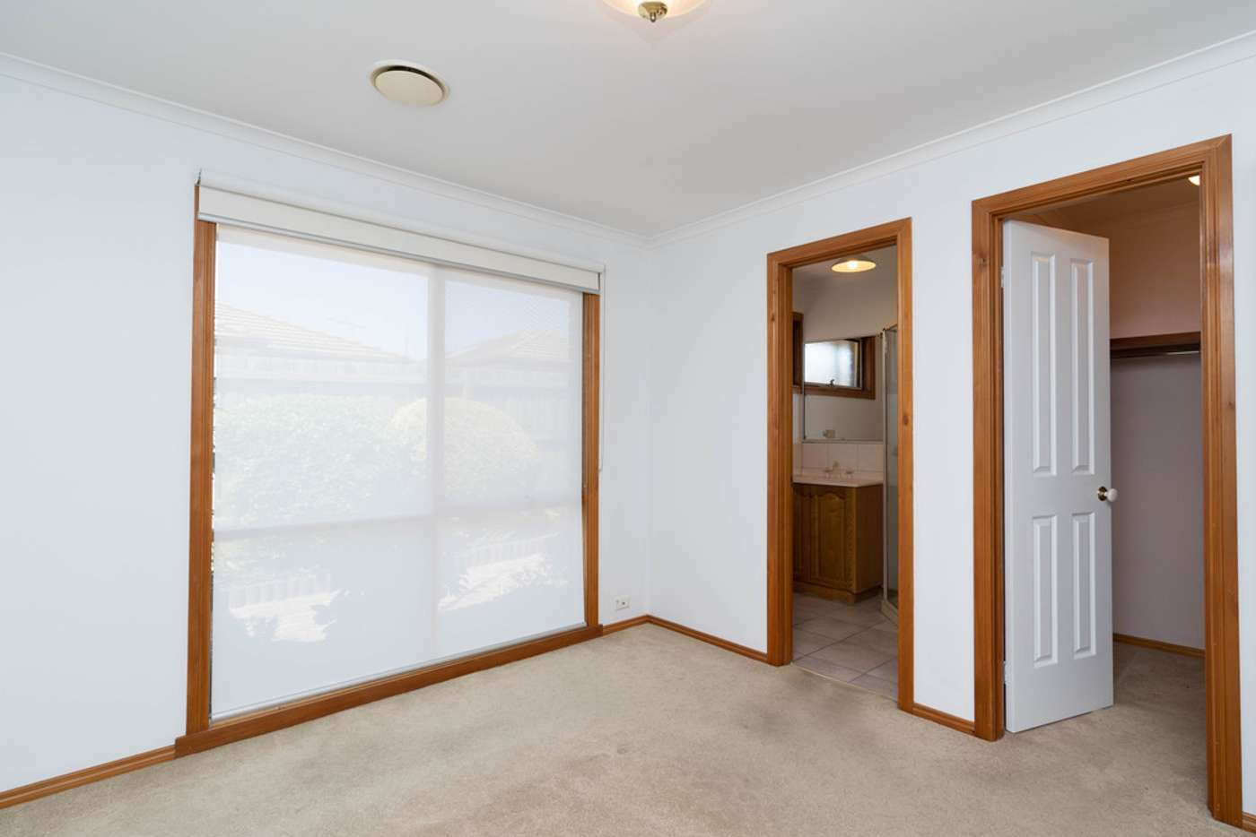 Sixth view of Homely unit listing, 2/260-262 Warrigal Road, Cheltenham VIC 3192