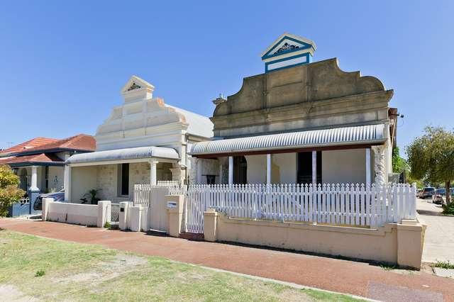18 Marmion, East Fremantle WA 6158
