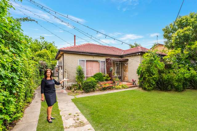 11 Foxlow Street, Canley Heights NSW 2166