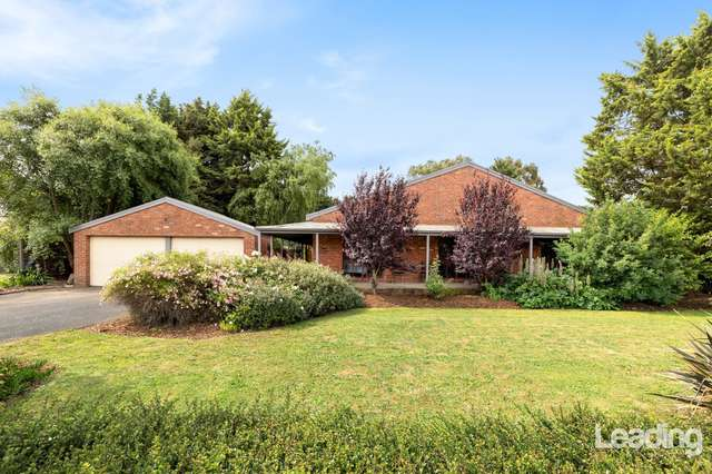 9 Ewing Drive, Romsey VIC 3434