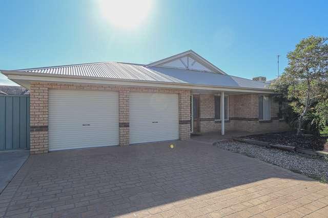 15 Lady Mary Drive, West Wyalong NSW 2671