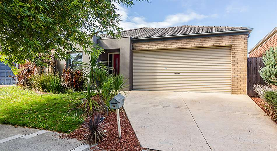 12 Horsham Drive, Cranbourne East VIC 3977