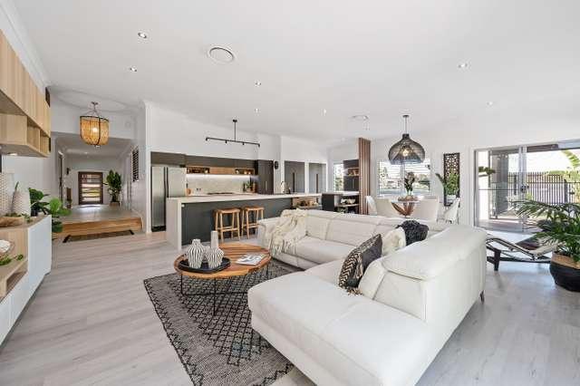 17 Rufous Crescent, Brookwater QLD 4300