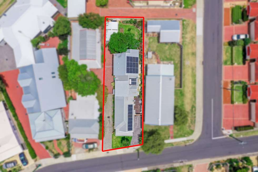 Fifth view of Homely house listing, 10 Moore Street, Bunbury WA 6230