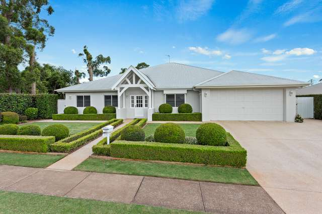 24 Curzon Street, Mount Lofty QLD 4350