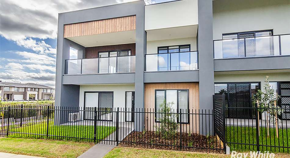 9 Doonhamer Place, Clyde North VIC 3978