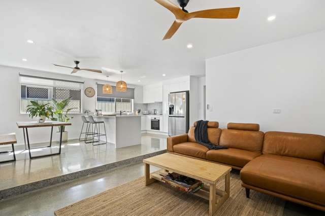 105 Albion Avenue, Miami QLD 4220