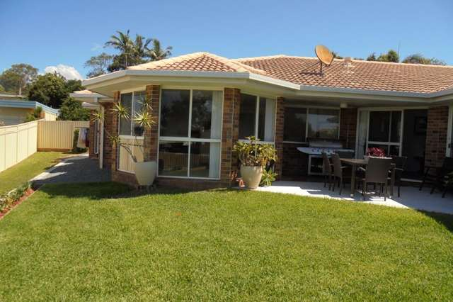 9 Salmon Street, Southport QLD 4215