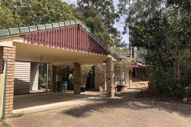 10 Tinarra Crescent, Kenmore Hills QLD 4069