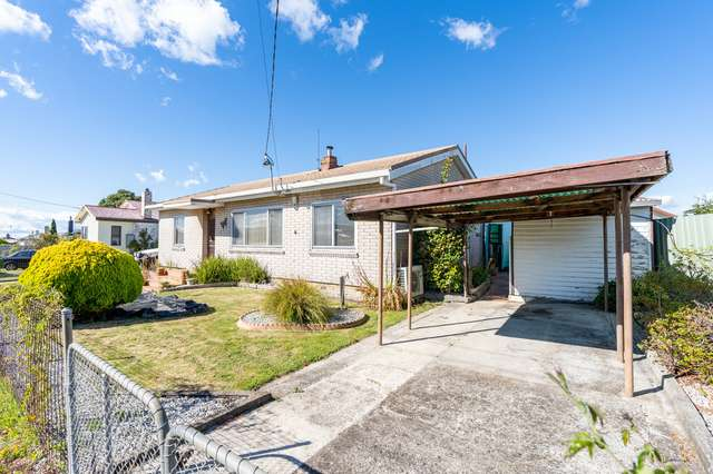 2 Sturt Crescent, Mayfield TAS 7248