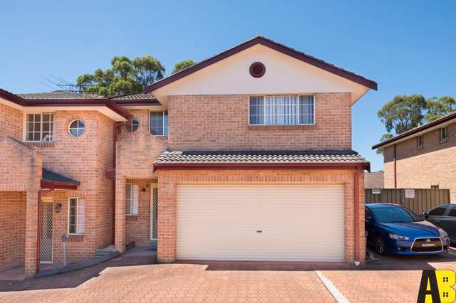 10/30 Hillcrest Road, Quakers Hill NSW 2763