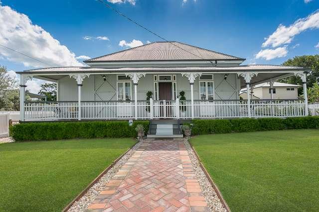 17 Grange Road, Newtown QLD 4305