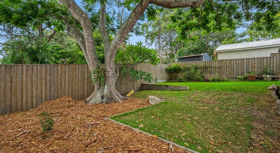 11 Burn Street, Camp Hill QLD 4152