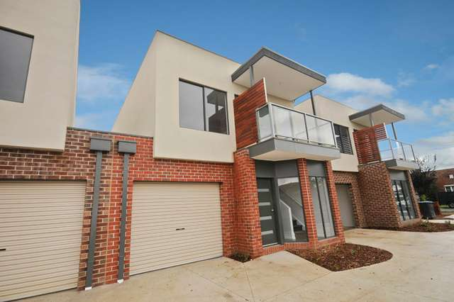 2/10 Tulip Crescent, Boronia VIC 3155