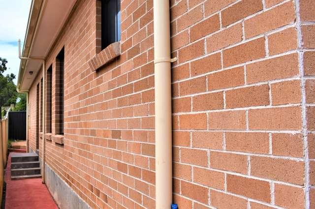 12a Paperbark Cct, Casula NSW 2170