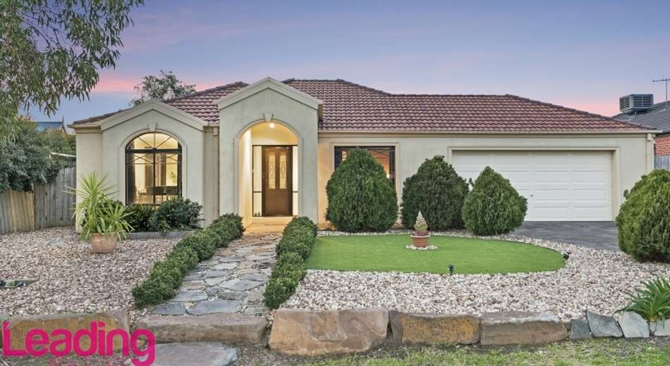 16 Orchardview Grove